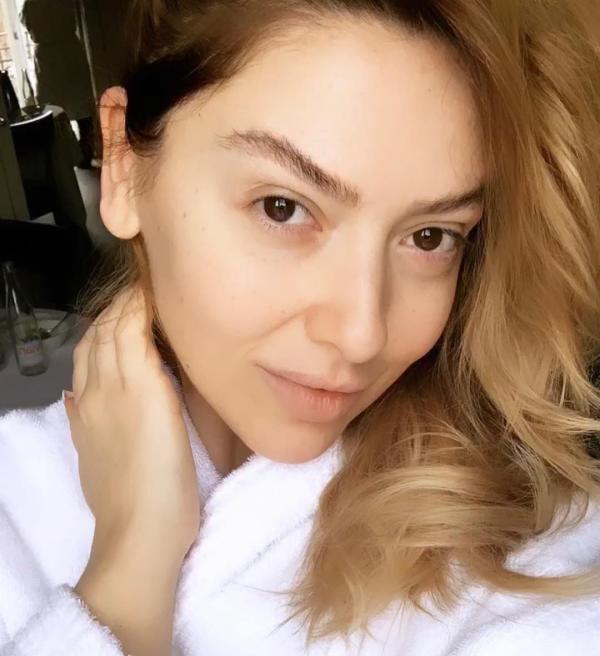 بیوگرافی حادیثه خواننده ترکیه ای hadise@ + عکس های حادیثه خواننده