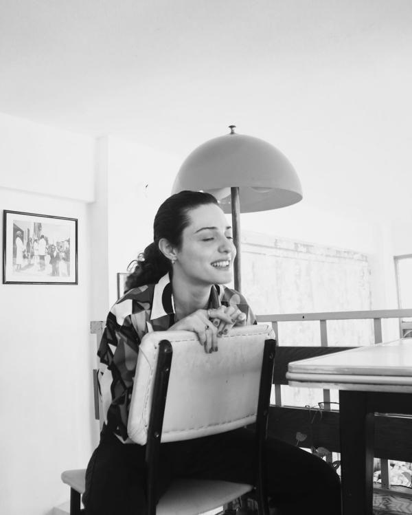 بیوگرافی و عکس های سرن شیرینجه Seren Sirince بازیگر ترکیه