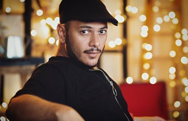 بیوگرافی اشوان (اشکان خدا بنده) خواننده مشهور ASHVAN + عکس