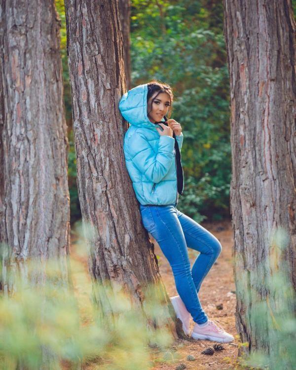 بیوگرافی سورا اسکندرلی خواننده آهنگ سوسماز + عکس های سورا اسکندرلی