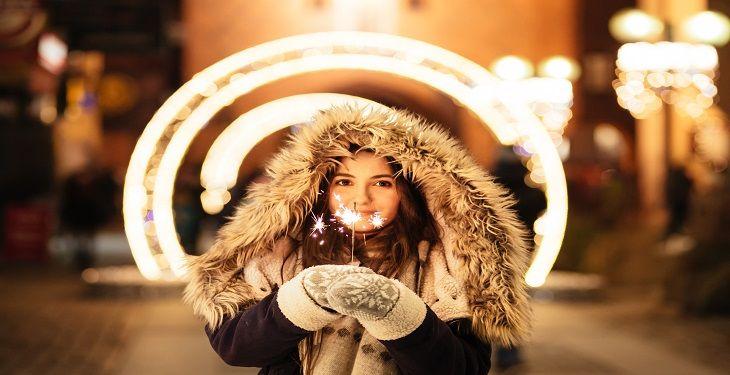 12+1 مورد از ضروری ترین لباس های گرم که باید در کمد هر خانمی باشد