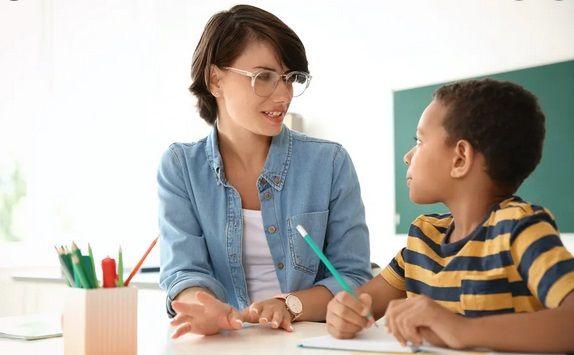 چگونه بهترین معلم خصوصی ریاضی آنلاین را داشته باشیم؟