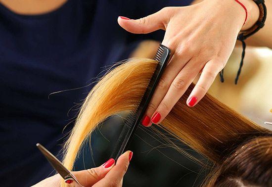 تعبیر خواب کوتاهی مو | کوتاه کردن مو در خواب چه معنایی دارد؟