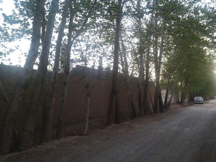 خرید باغ در قلعه سفید اصفهان و در بهترین مکان قلعه سفید