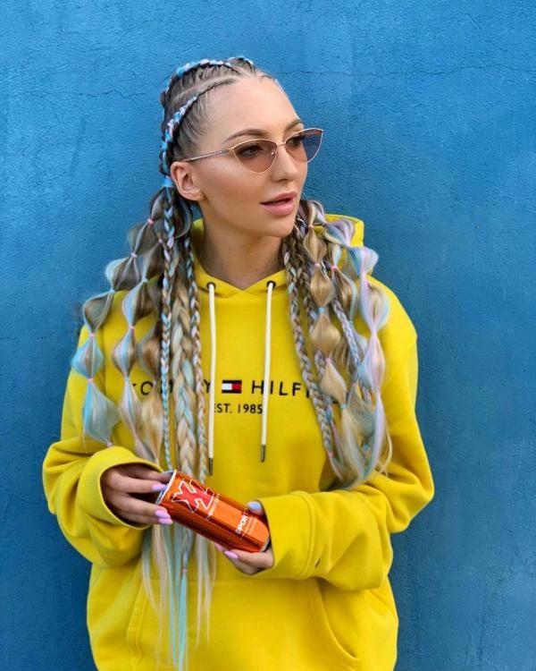 فروش عشق در اینترنت توسط این دختر لهستانی! + عکس