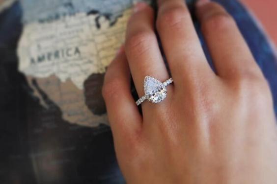 انواع تعبیر خواب انگشتر | دیدن انگشتر طلا، نقره و الماس در خواب