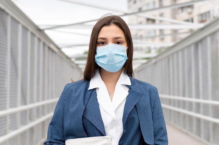 در زمان شیوع بیماری های واگیر دار از کدام ماسک ها استفاده کنیم؟
