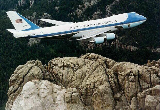تصاویر هواپیمای اختصاصی رییس جمهور آمریکا