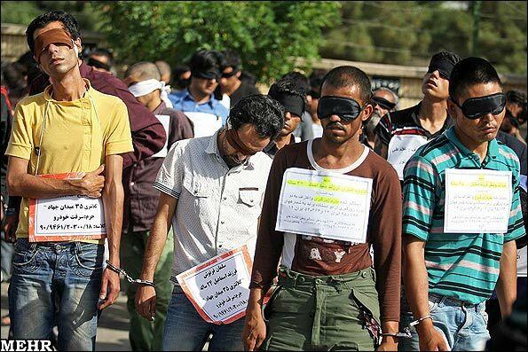 دستگیری 52 نفر از سارقین و اراذل اوباش در مشهد + عکس