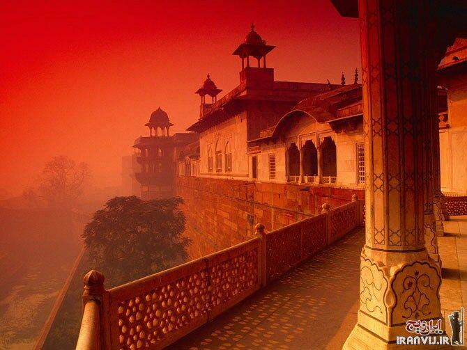 قصرهای بسیار زیبا و دیدنی دنیا + عکس