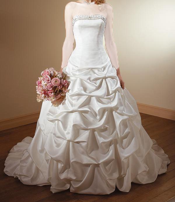 زیبا ترین مدل لباس های عروس 2011