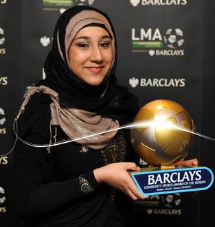 نمایش پست :دختری شایسته که حجاب را به لیگ برتر انگلیس آورد + عکس