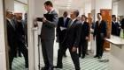 شوخی اوباما با همکارش ( عکس)