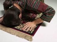 علت آرامش در نماز توسط دانشمند آمریکایی کشف شد
