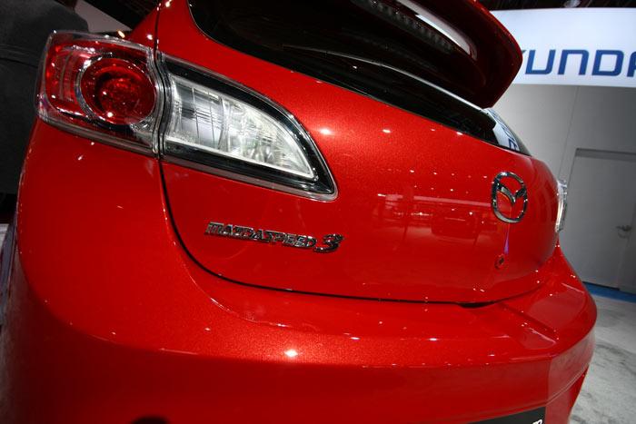 عکس های نمایشگاه خودرو دیترویت 2011