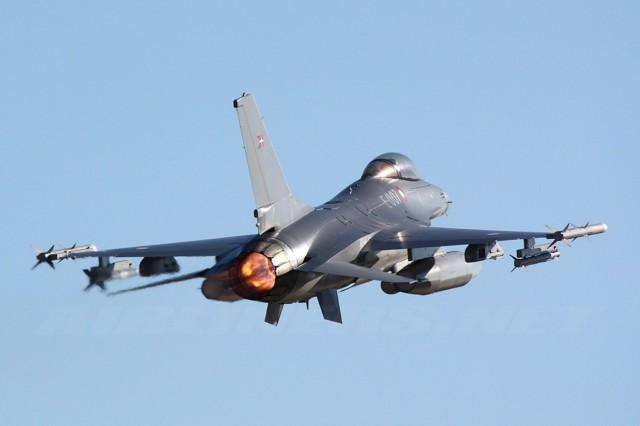 نمایش پست :عکس های دیدنی از هواپیماهای جنگنده مدرن