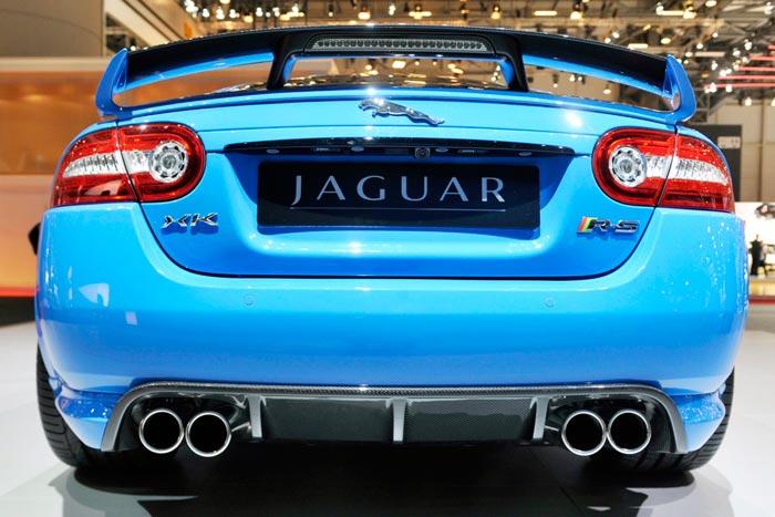 عکس های نمایشگاه خودرو ژنو 2011