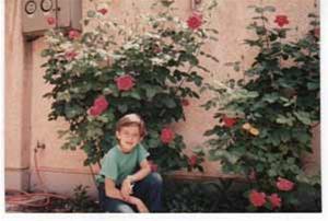 تصاویر جالب از کودکی بهرام رادان