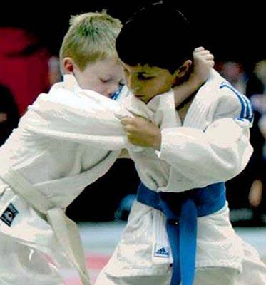 كودك 10 ساله نابینا قهرمان نابغه جودوكار + عکس