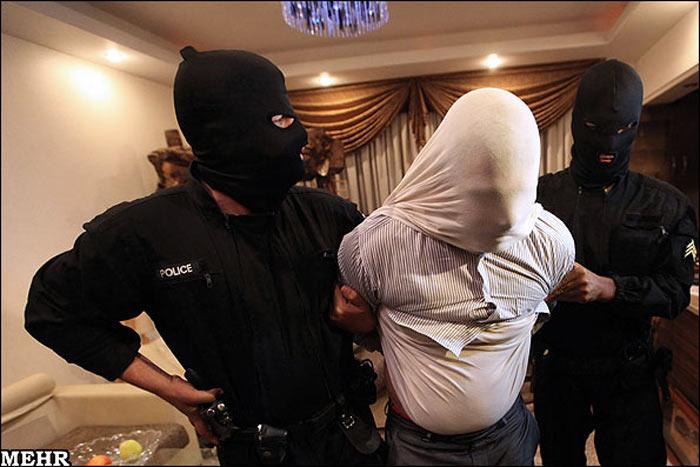 دستگیری اراذل اوباش تهران..(تصاویر)