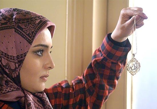 بررسی علل موفقیت سریال ستایش در مصاحبه با نرگس محمدی