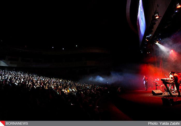 کنسرت احسان خواجه امیردر برج میلاد+ تصاویر