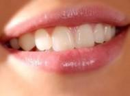 سفید کردن دندانها با چند روش طبیعی..!