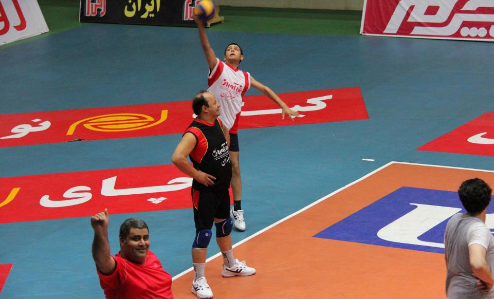 عکسهای محسن افشانی وعلی ضیا درتیم والیبال هنرمندان سینما