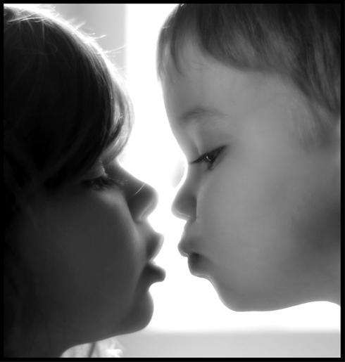 عکس هایی جالب و دیدنی از بوسه های شیرین زندگی