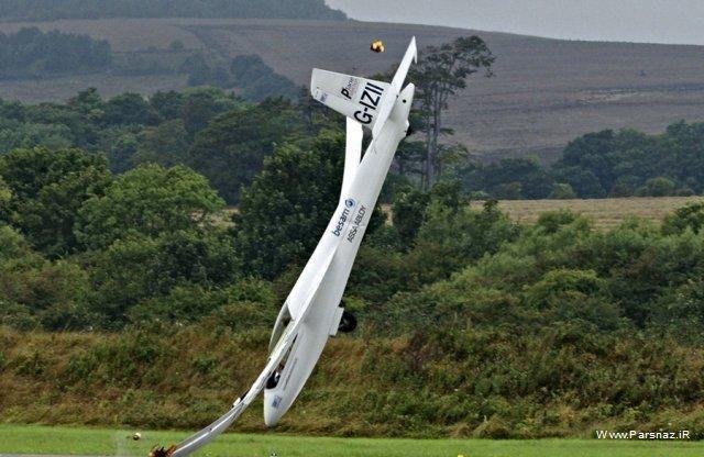 سقوط لحظه به لحظه یک هواپیما+ عکس