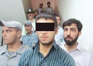 حاشیه و عکس قاتل روح االه داداشی در دادگاه