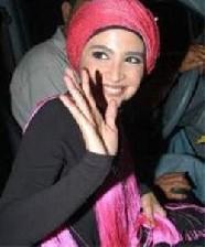 عکس بازیگر مشهور فقط باحجاب بازی میکنم