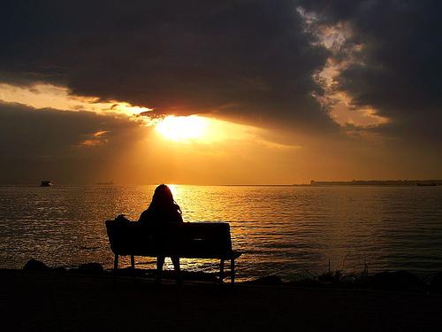 www.parsnaz.ir  عکس های غمگین از لحظات تنهایی