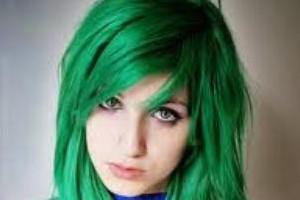 چرا رنگ موی انسان آبی یا سبز نیست؟
