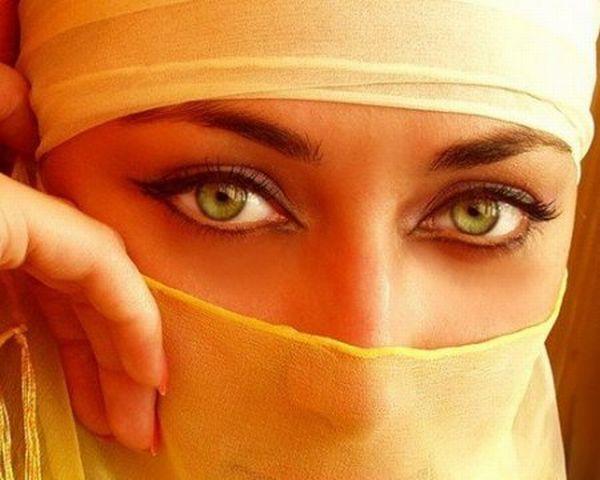 عکس هایی از آرایش چشم و لب