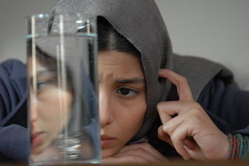 فریبرز عرب نیا و آنا نعمتی در فیلم پنهان