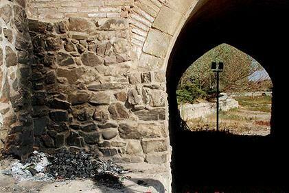 سی و سه پل در آستانه فاجعه خرابی + عکس