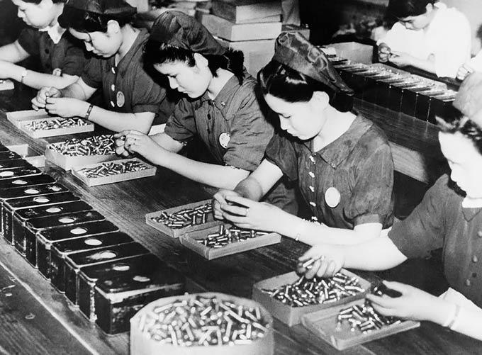 حضور زنان در جنگ جهانی دوم + تصویر