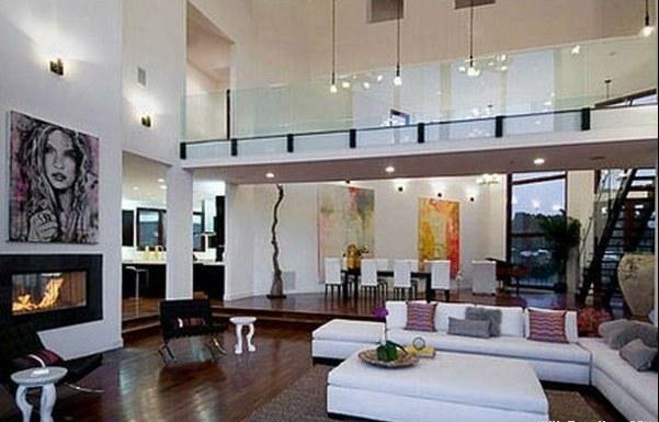 تصاویری از خانه جدید و 10 میلیون دلاری ریحانا