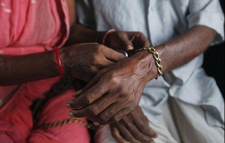 زندگی عجیب یک زوج هندی + تصویر