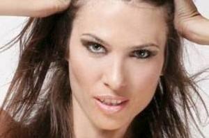 www.parsnaz.ir - مرگ ملکه زیبایی و مدل مشهور بر اثر جراحی زیبایی +عکس