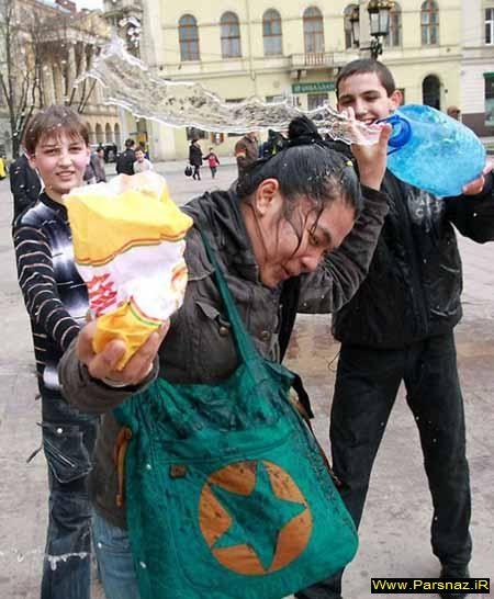 عکس های بسیار دیدنی از جشن ویژه آزار و اذیت دخترها
