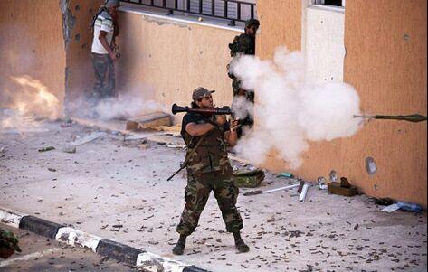 آنجلینا جولی در طرابلس و مصراته + عکس