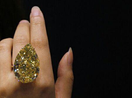 انگشتری که خانمها آرزو میکنند داشته باشند + عکس