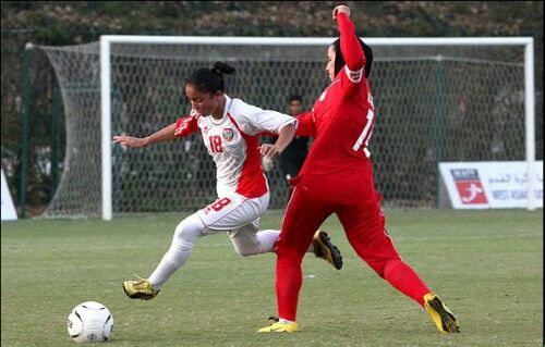 عکسهایی از تیم فوتبال زنان امارات بی حجاب در ایران