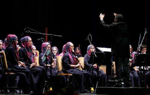 حركات موزون دختران ایرانی در تالار وحدت + عکس