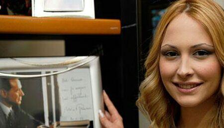 عکسهای دخترانی که با برلوسکونی ارتباط داشتند
