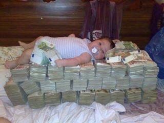 عکس ثروتمندترین كودك جهان