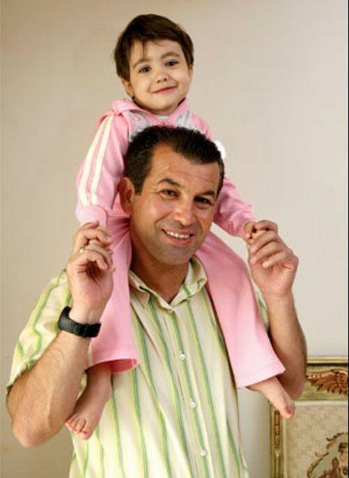 عکس همسر و فرزند حمید استیلی