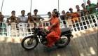 تصاویر باور نکردنی از زنان راننده دیوار مرگ در هند